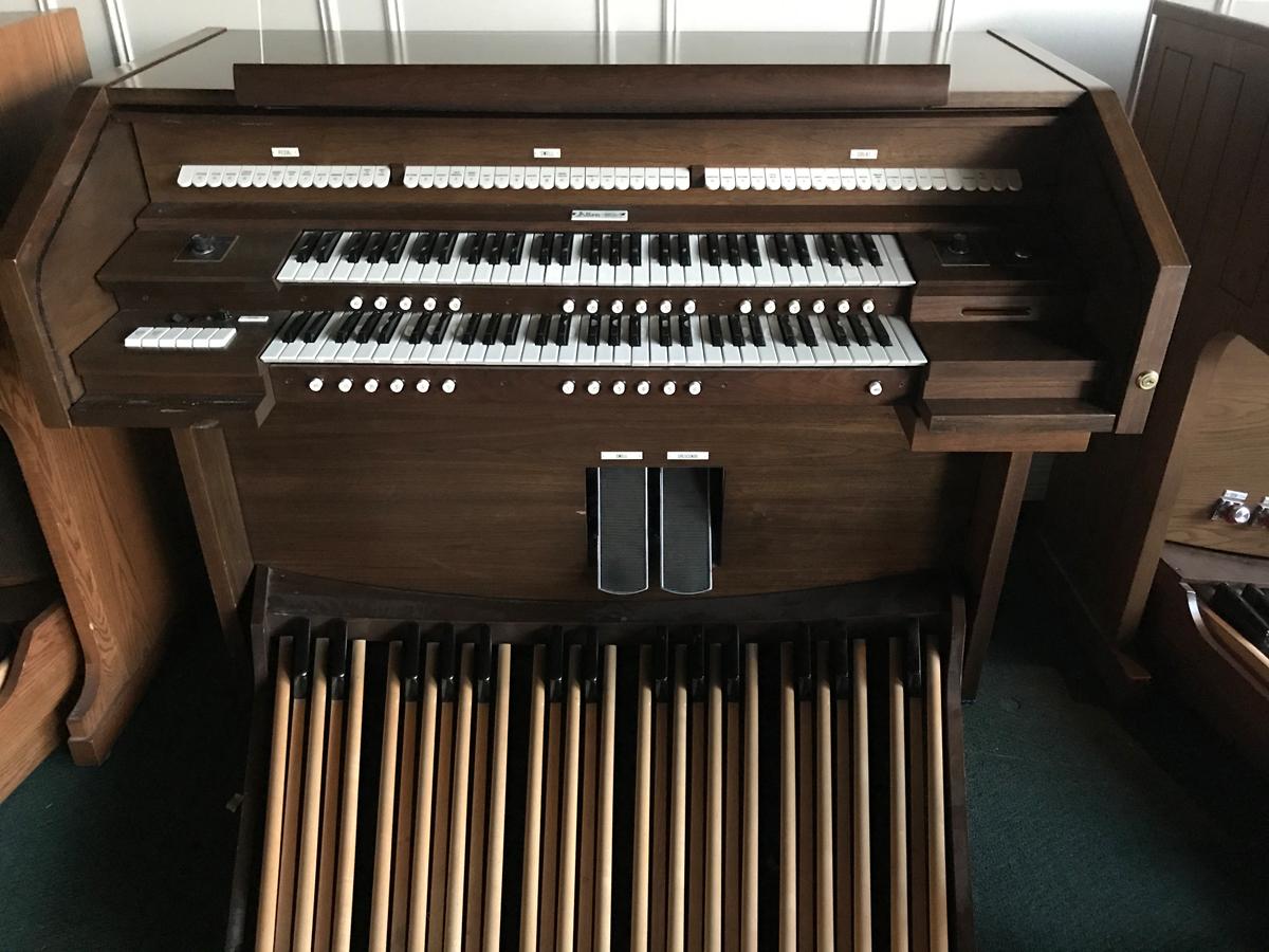 Allen Organ-walnut-225-$3,900-2 manual, moving capture, card reader, external speakers.