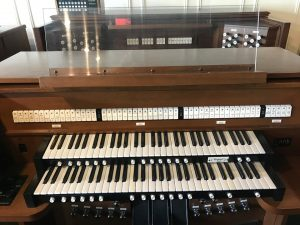 Allen Organ AP-22a - This LDS model includes a large stop list, 2 stop suites, second voices, many pistons and toe studs with 16 memories, external audio and remaining factory warranty